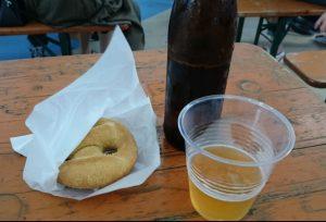 クリームチーズプレッツェルとビール