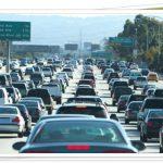 渋滞10㎞を抜ける時間はどれくらい?早く抜ける方法はこれだ!